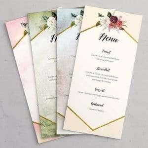 Menukort der passer til bryllupsinvitationerne i designlinjen Fleur i farvene Eternal, Ocean, Olive og Peach.