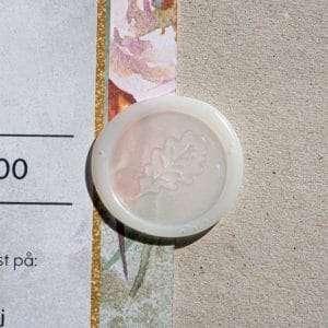 Laksegl Limited Edition Oak Leaf et semi-transparent laksegl med egeblad