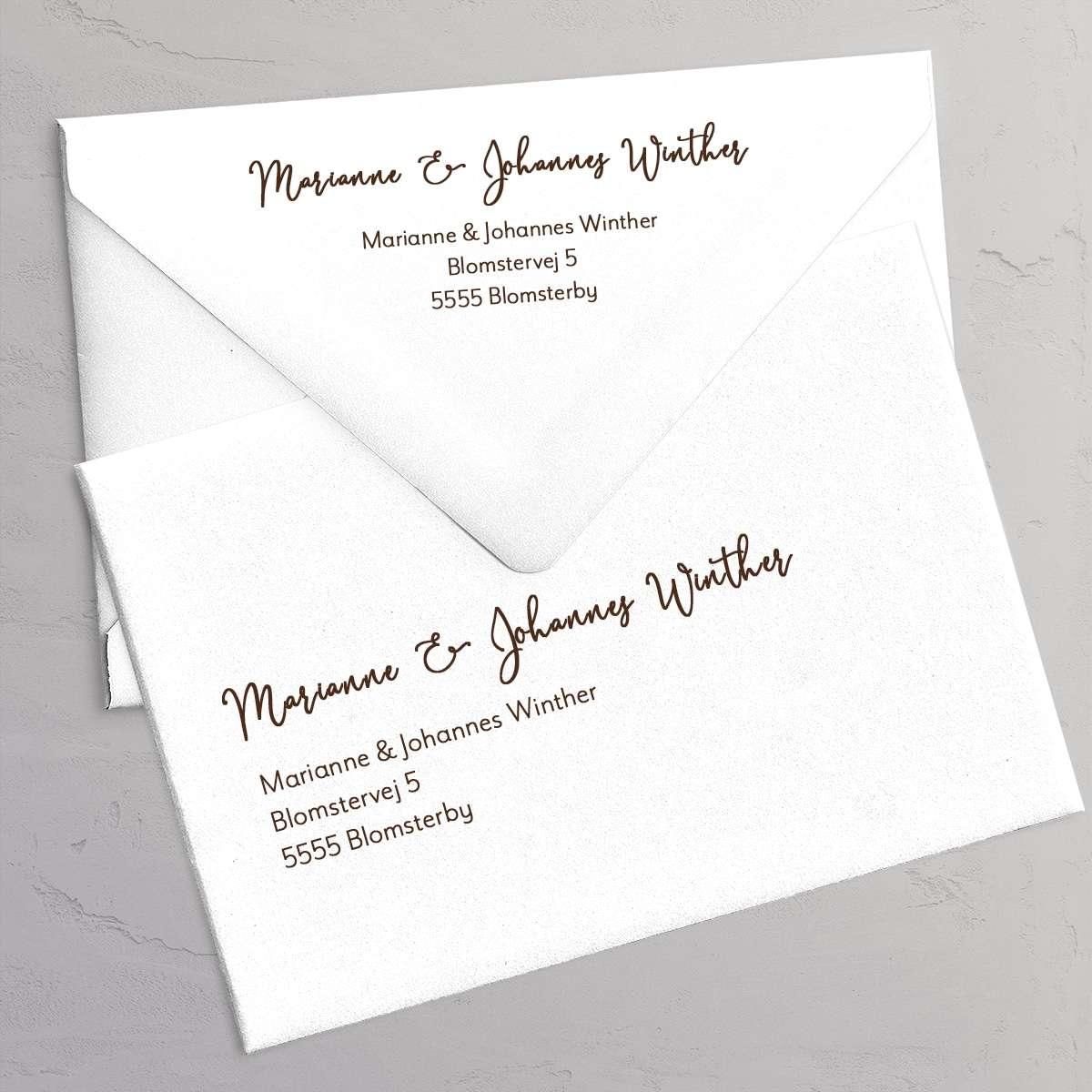 Gæsters adresse og returadresse på kuverterne - Golden Branches