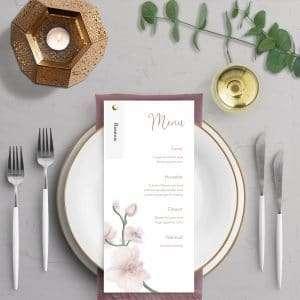 Menukort til bryllupsinvitationen Golden Orchid med rustikt og naturligt bordkort i genbrugspapir eller vellum.