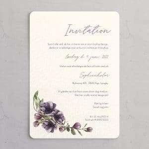 Bryllupsinvitation Anémone Violette med illustration af lilla anemoner.